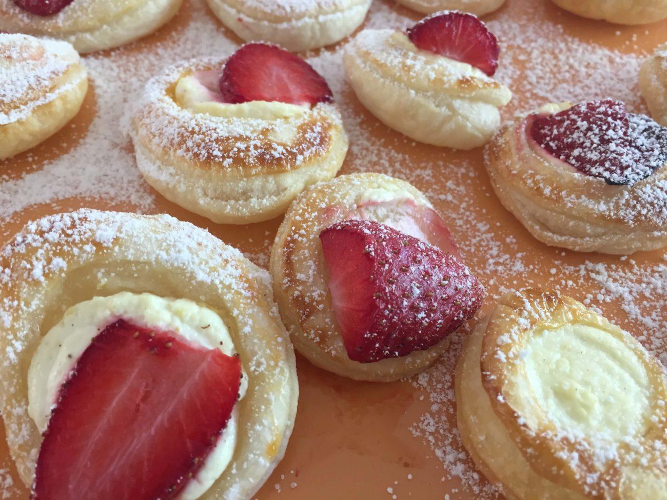 Topfen Erdbeer Leckerei